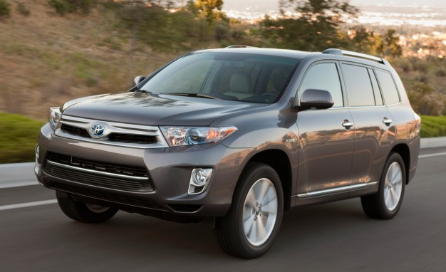 Toyota Readies Next-Gen Highlander Crossover for Debut [2013 New York Auto Show]