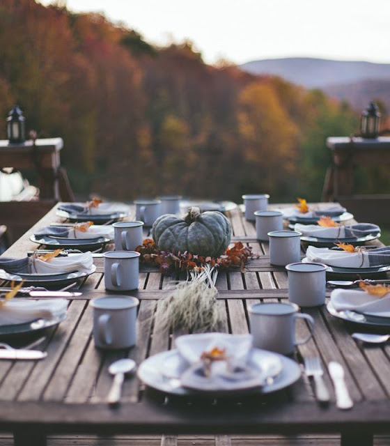 https://nicheandnook.com/2015/10/08/fall-lets-carry-the-table-to-the-garden/