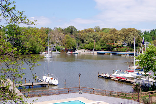 New to our registry! Furnished 2 Bedroom Condo in a Waterfront Community with a Pool