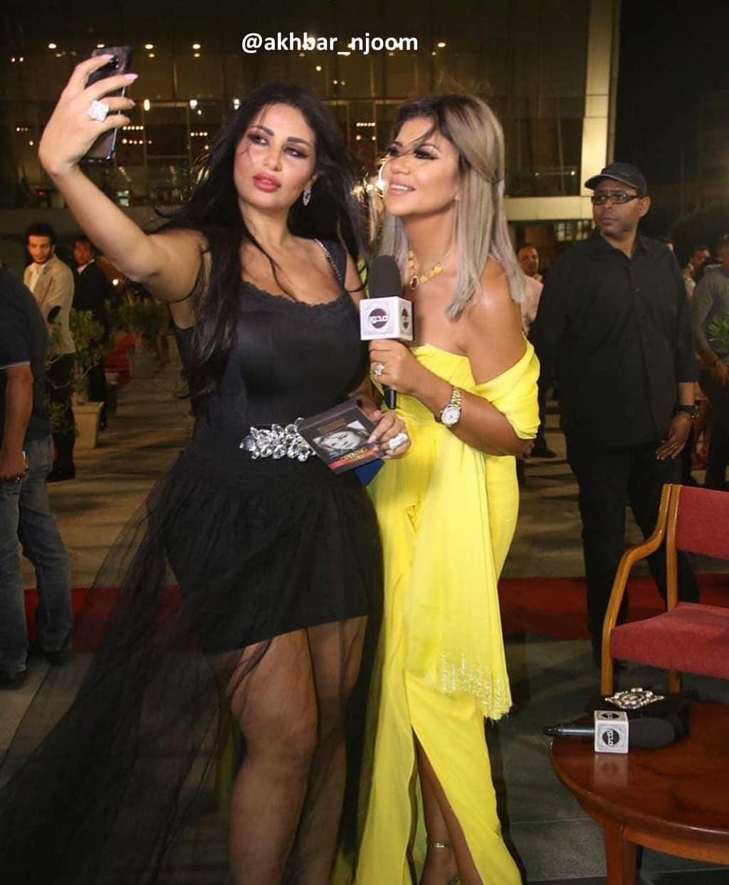 ندى الكامل زوجة احمد الفيشاوي بفستان مثير في مهرجان الإسكندرية السينمائي.