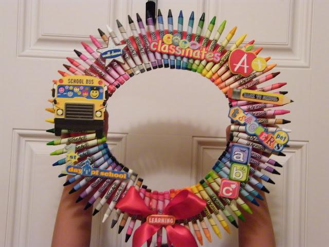 DIY Crayon Wreath