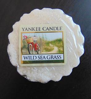 http://makeuplista.blogspot.com/2015/07/yc-wild-sea-grass.html