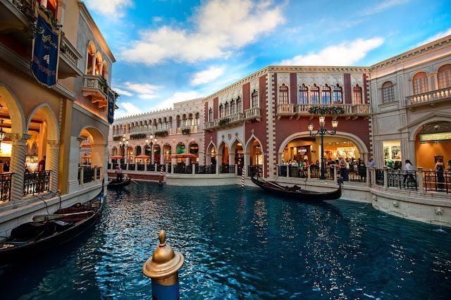 Los centros comerciales más grandes e impresionantes del mundo, Grand Canal Shoppes Las Vegas