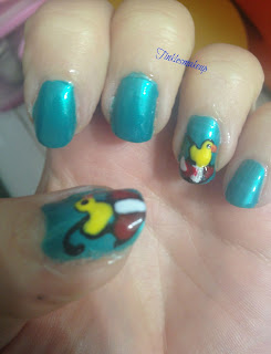rain_ducks_umbrella_nail_art