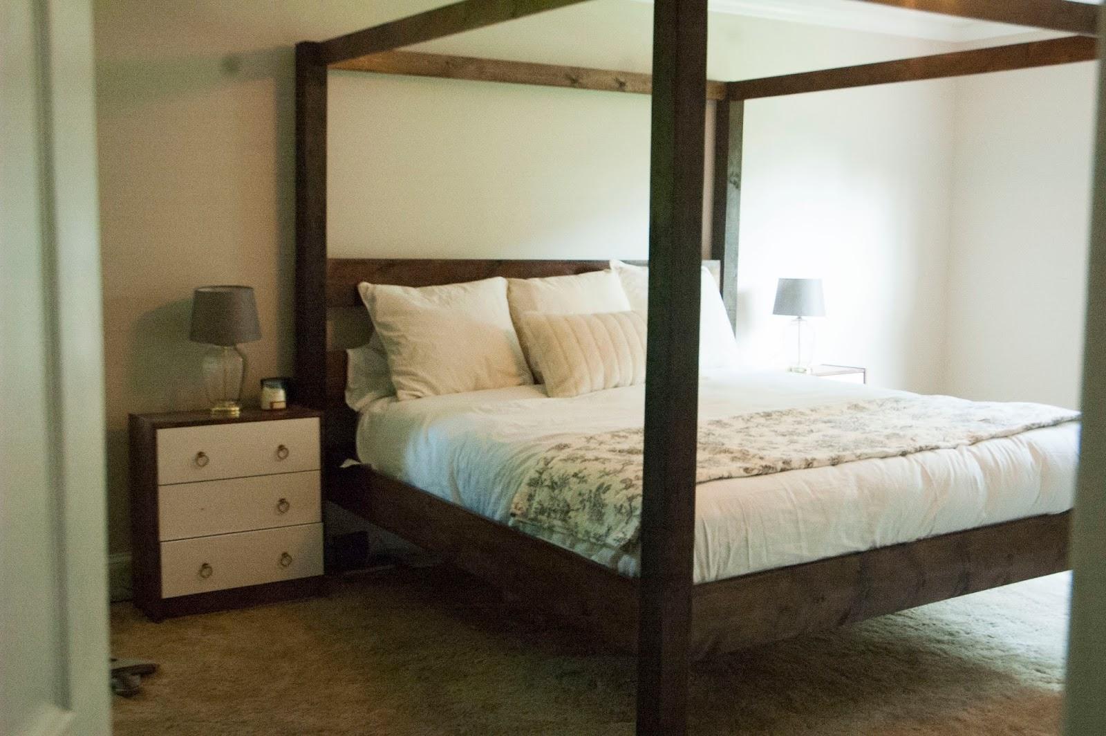 Diy Minimalist Rustic King Canopy Bed Fickle Farmhouse
