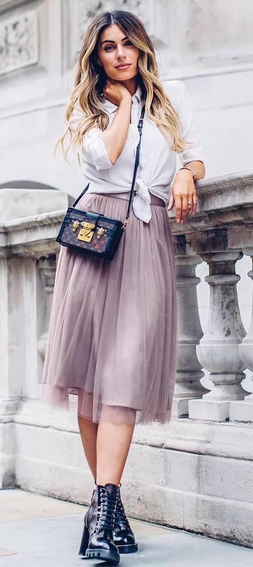 beautiful outfit : shirt + bag + midi skirt + boots