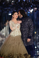 Alia Bhatt and Ranveer Singh walks the ramp for Manish Malra during Indian Couture Week 2017 Grande Finale ~  Special 010.jpg