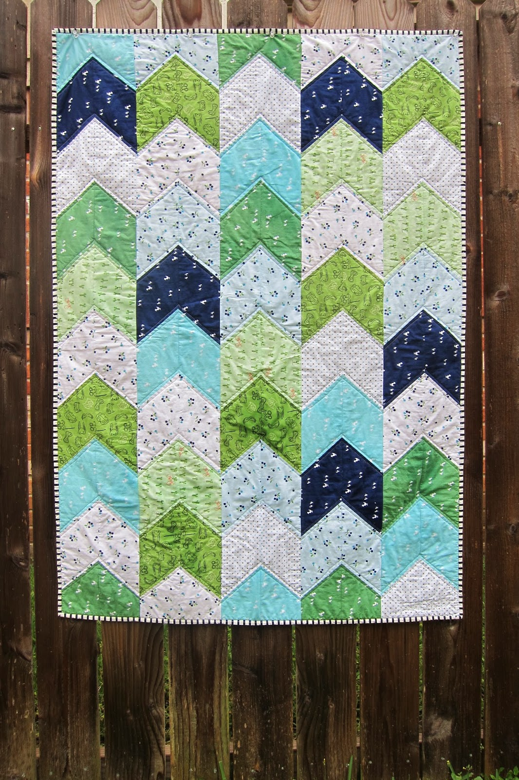 A maiden hair fern arrow tail boy quilt for Quilt material for boys