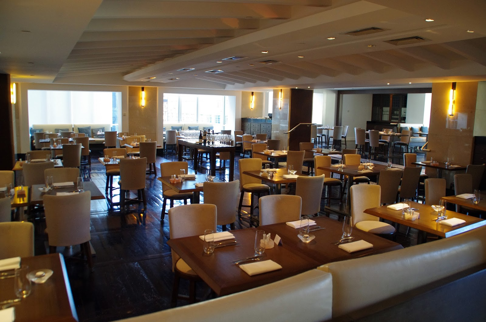 Luxury Restaurant at Swissotel Sydney