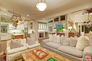 Selena Gomez buys a $2.25million three-bedroom house in Los Angeles (photos)