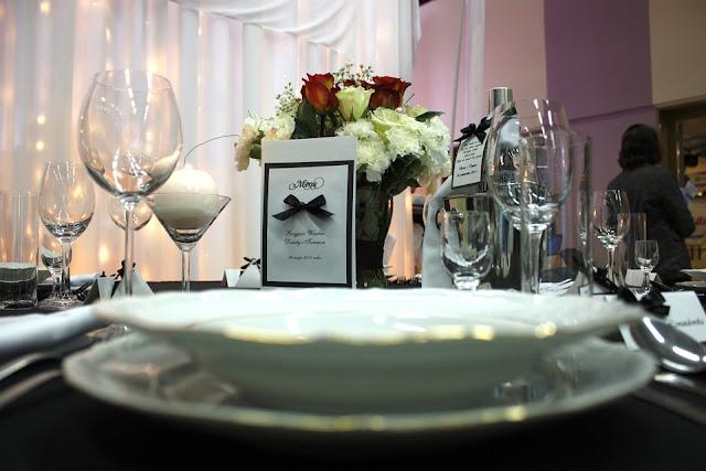 service dinnerware 76360 960 720 - Pytania do sali weselnej