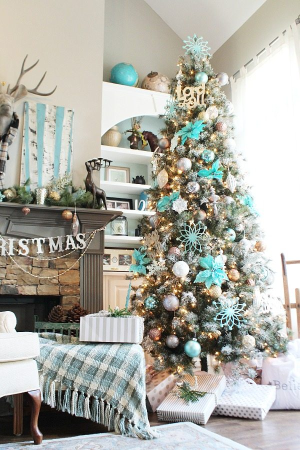 Beautiful Christmas tree from Balsam Hill by Debbie from Refresh Restyle.