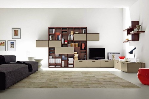 Apakah Anda pernah merasa bahwa ruang tamu rumah Anda entah bagaimana terasa ada yang kur Desain Penataan Ruang Tamu