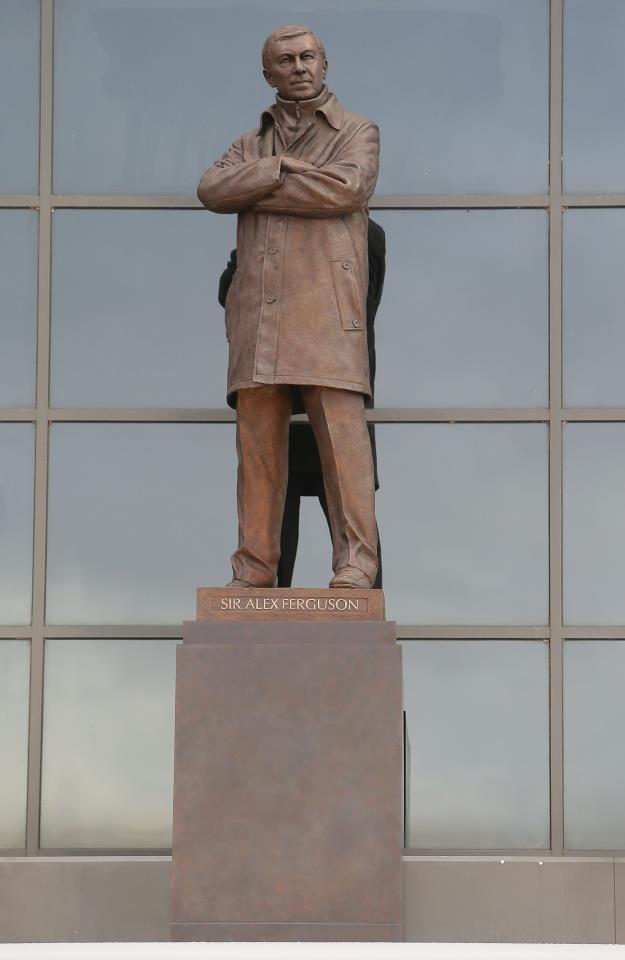 Statue of Sir Alex Ferguson at Old Traford Stadium ...