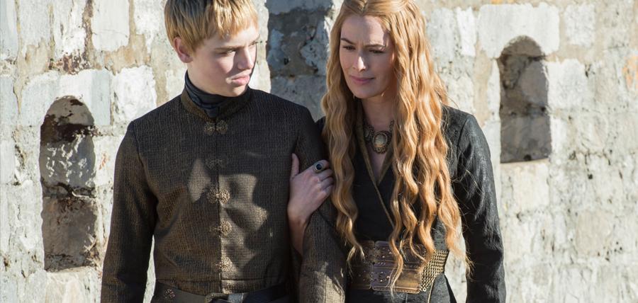 Cersei Lannister şi fiul ei Tommen Baratheon