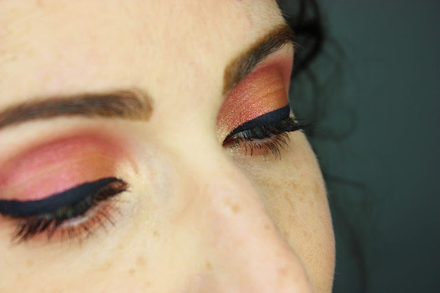 maquillae-des-yeux-huda-beauty