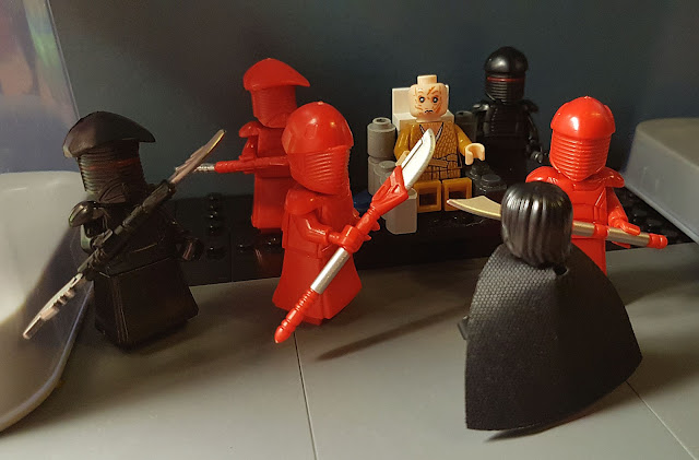 Snoke, Kylo Ren red guard fight, First Order, Star Wars, force awakens, last jedi