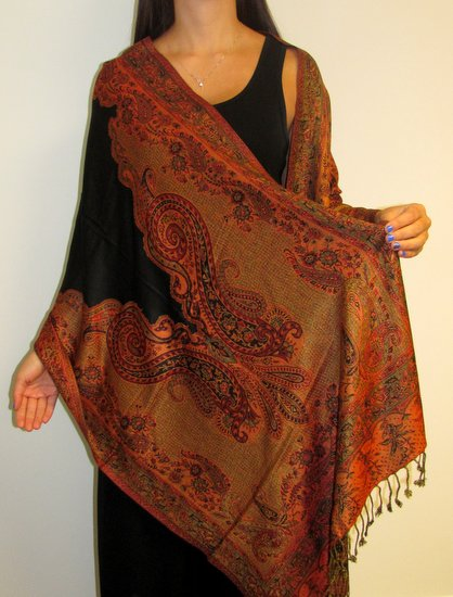 Useful Information on Shawl Scarves Origin and Pashmina