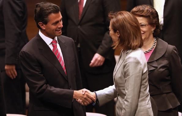 Peña Nieto y Vazquez Mota, saludo