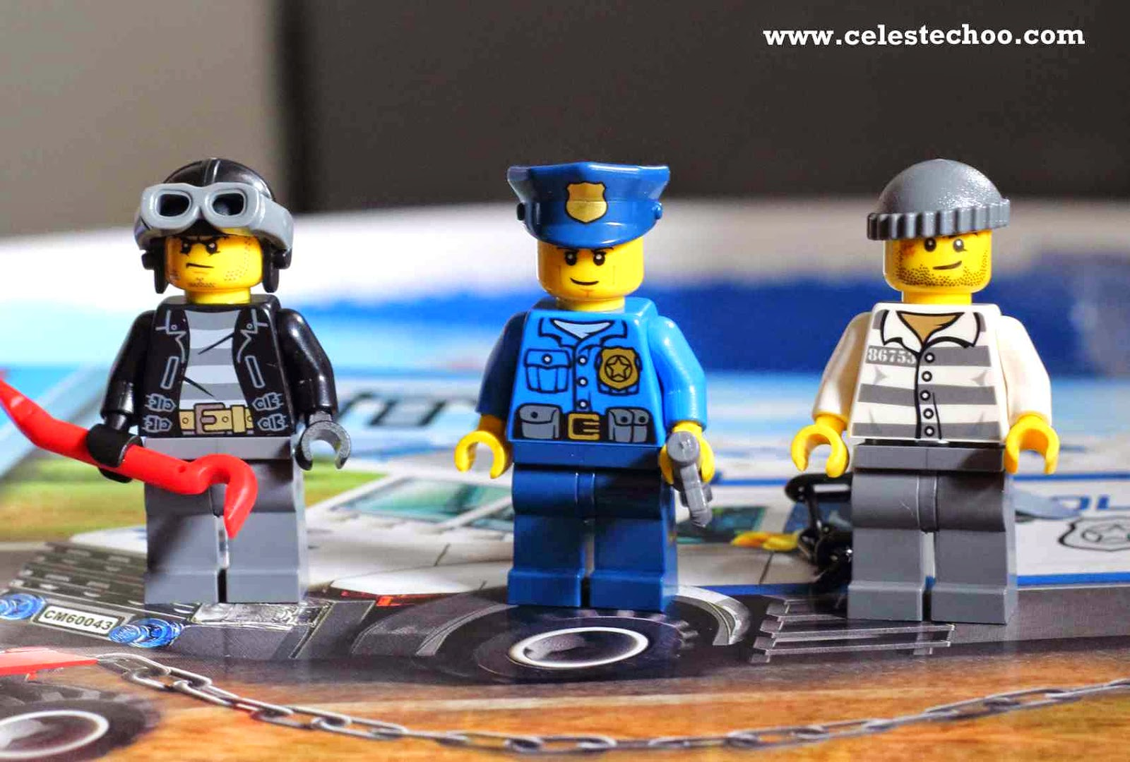 lego-city-policeman-thief-and-man