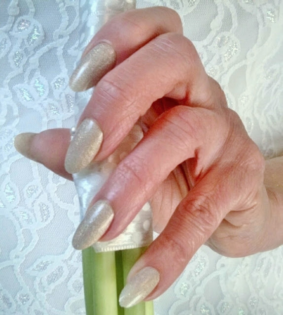 nude shimmer bride nails