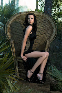 Eva Green hot celebrity legs