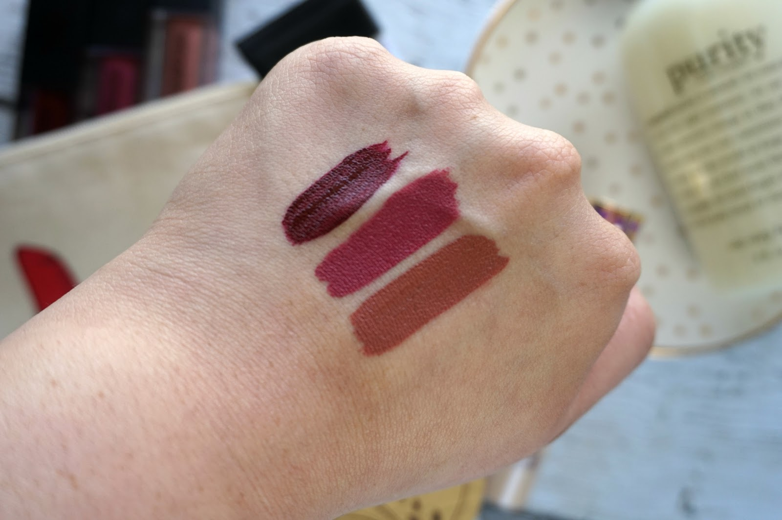 Smashbox Always On Liquid Lipstick Swatches // High-End Beauty Products Worth The Splurge // Best High-End Beauty Products | beautywithlily.com