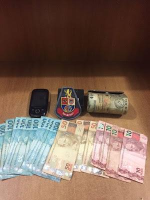POLÍCIA MILITAR DE REGISTRO-SP LEVA CRIMINOSOS QUE ROUBARAM FARMÁCIA À PRISÃO