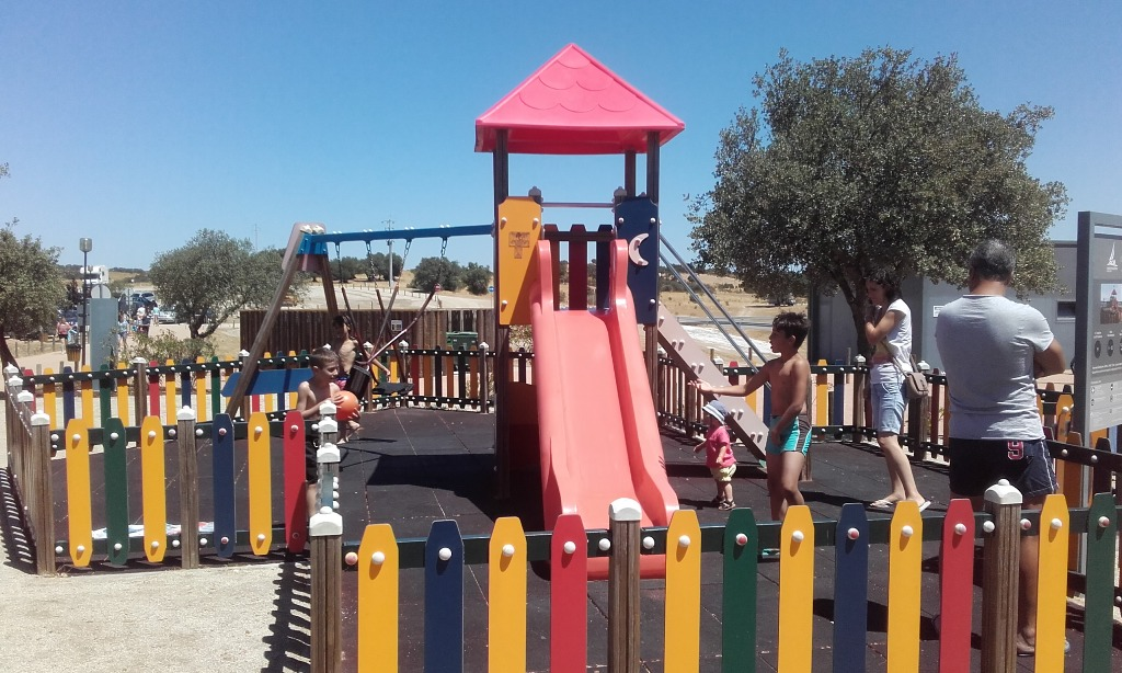 Parque Infantil da Praia Fluvial de Monsaraz