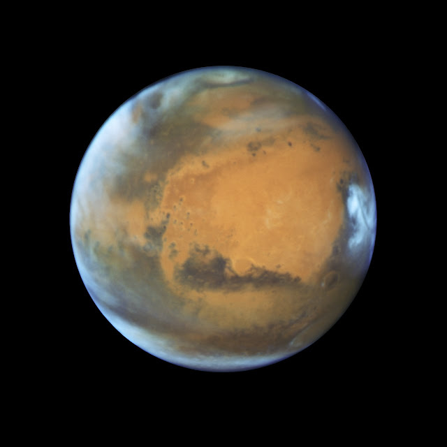 Hubble takes Mars portrait near close approach