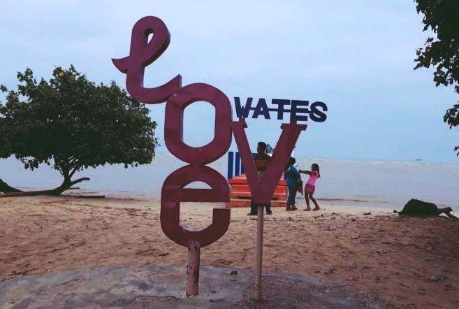 Pantai Pasir Putih Wates Kaliori Rembang