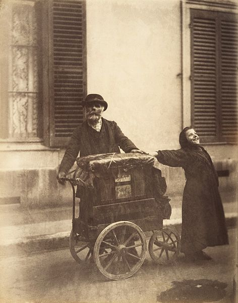 "Eugène Atget, ""Organillero"""