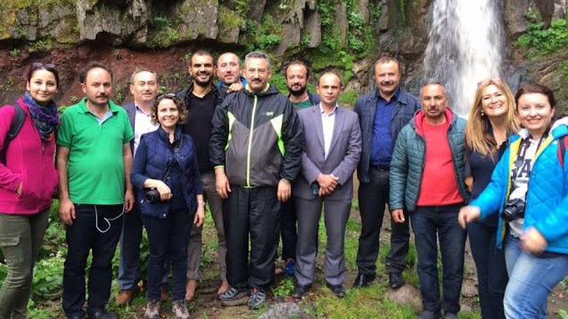 Aybastı Belediye Başkanı İzzet Gündoğar ile Uzundere şelalesinde