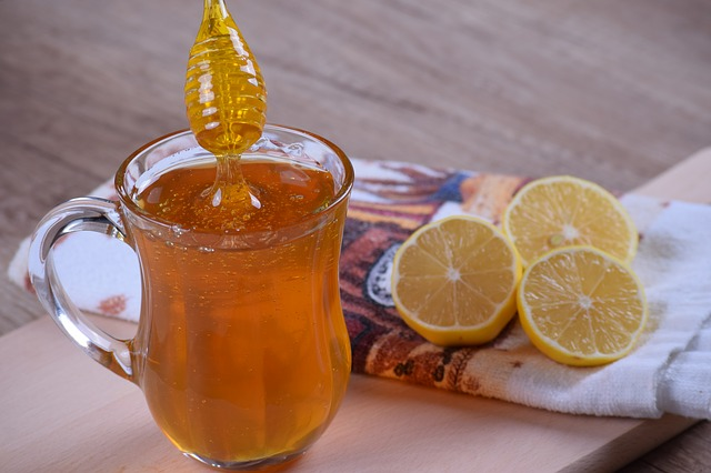 Limón y miel se unen para desinfectar y eliminar reacciones alérgicas