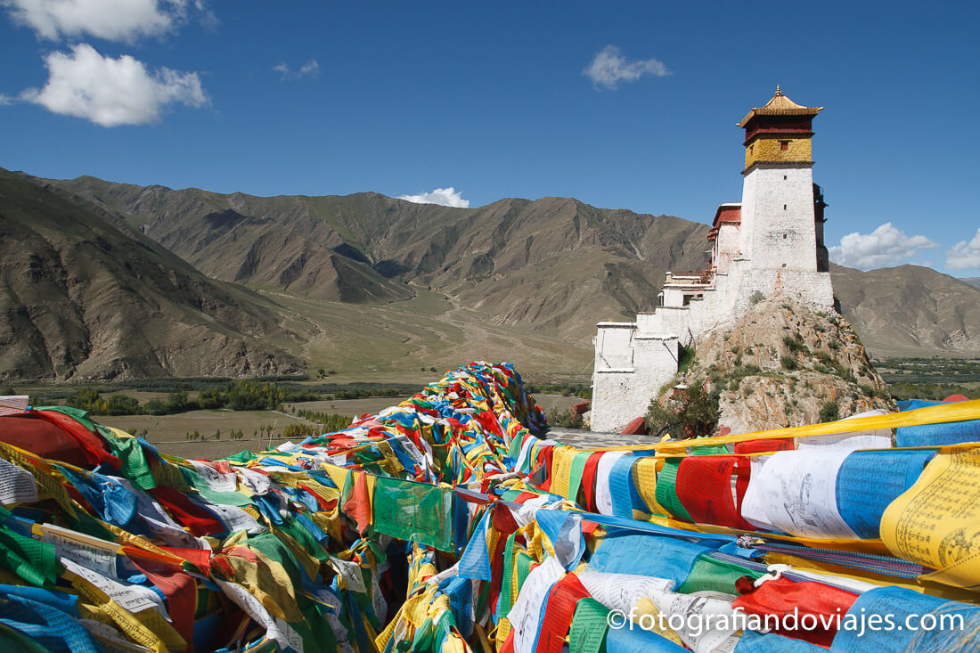 Palacio Castillo de Yumbulagang, Yumbulakang o Yumbu Lha Khang en Tibet