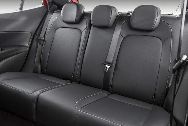 Fiat Argo - espaço traseiro