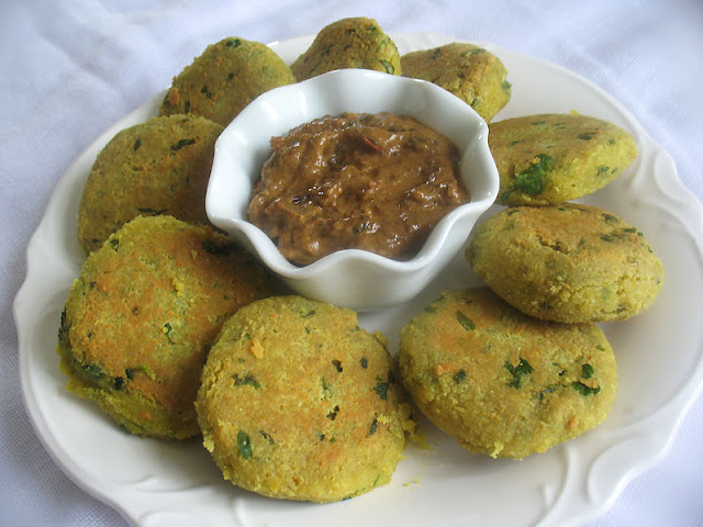 chana dal patties with tamarind chili sauce