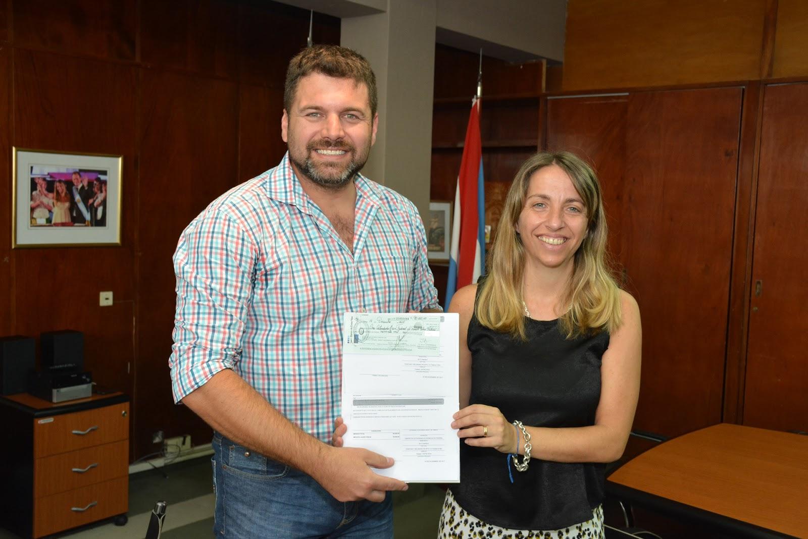 Retórica Federal: Entregaron un aporte de 90 mil pesos para obras en ...