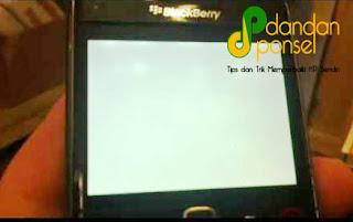 Cara Mengatasi LCD/Layar Ponsel Blank Putih