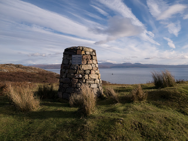 The cairn commemorating Calum MacLeod's achievement.
