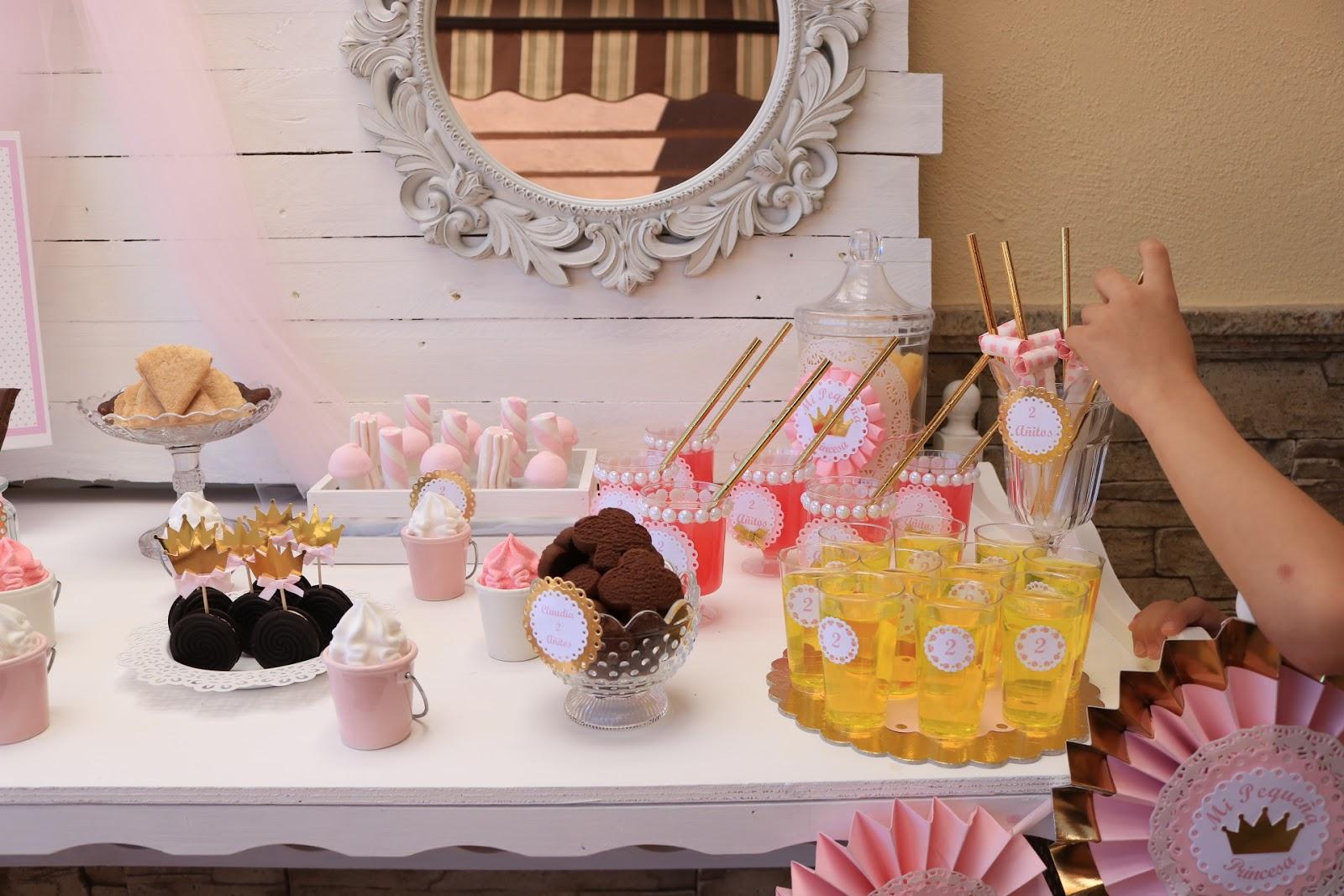 mesa dulce bonita rosa y blanco