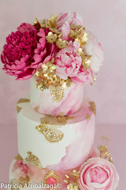 english rose wedding cake