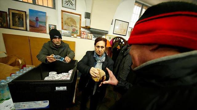 """Acusan a McDonalds de explotar a los """"sin techo"""" en Roma"""