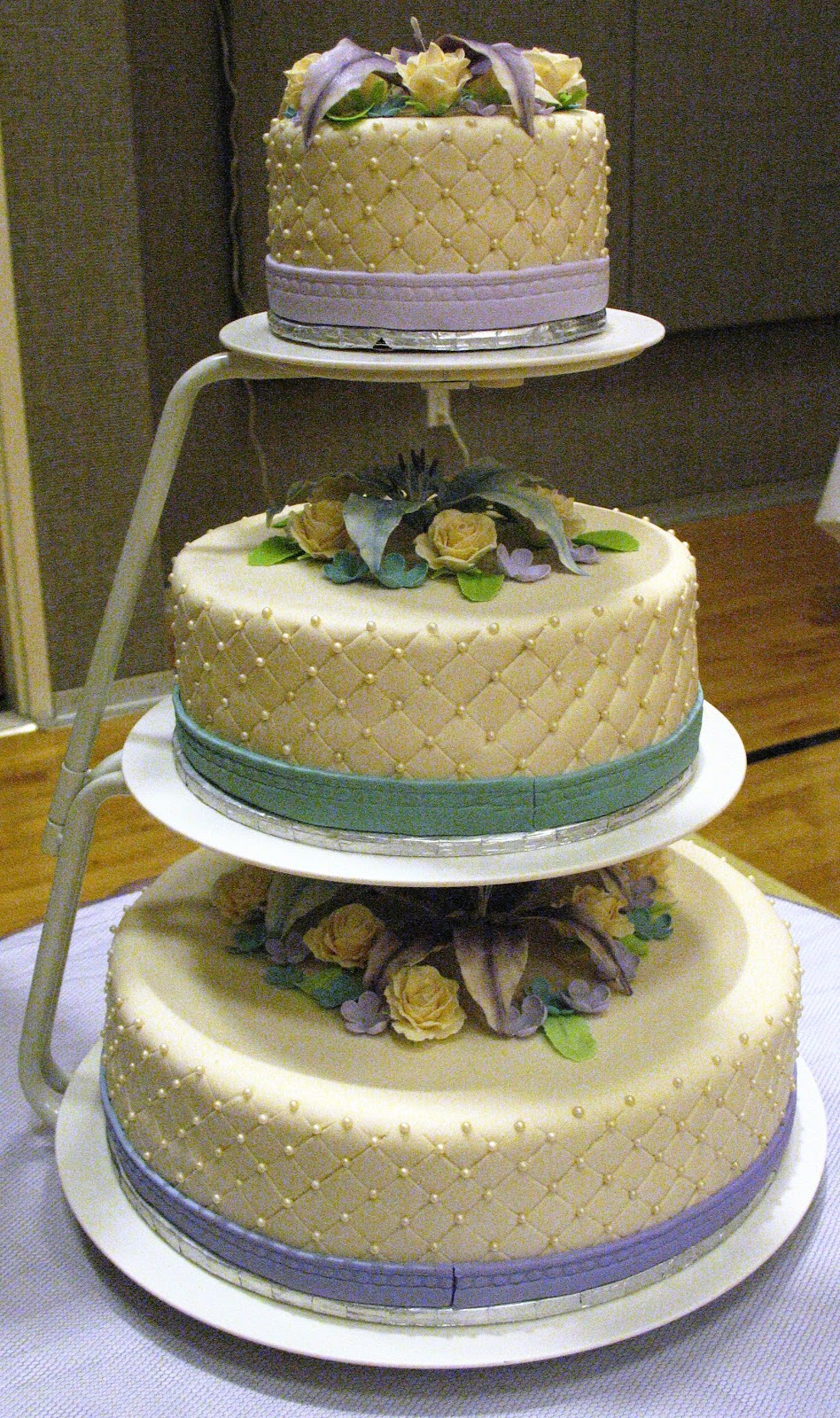wedding cake with lilies and roses j s cakes lilies and roses wedding 26922
