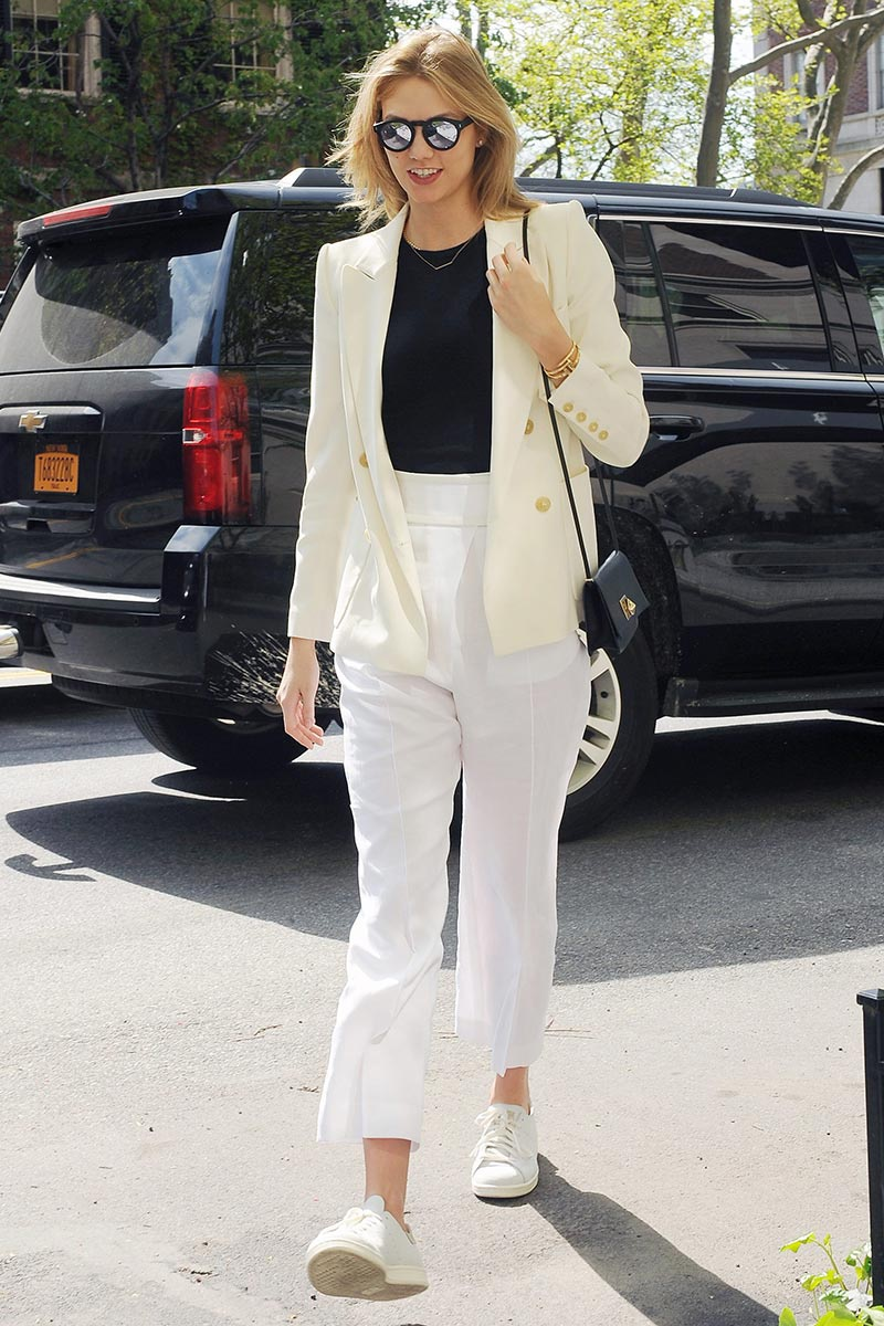 celebrit favorite sneakers Karlie Kloss {Cool Chic Style Fashion}
