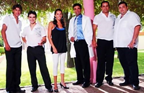 Grupo Family - Un Amor Tan Grande