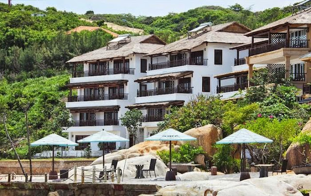 [Image: rock-water-bay-resort7.jpg]