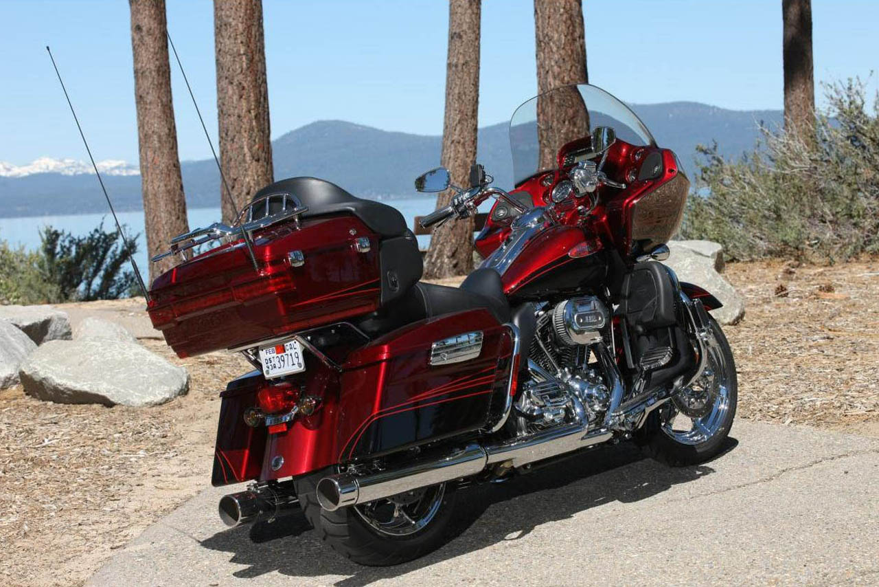 2011 Harley Davidson Cvo Road Glide Ultra Review Bike 2015 Tour Pack
