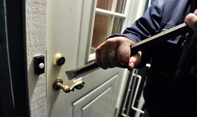 Συλληψη 21χρονου στο Ναύπλιο για απόπειρες κλοπής σε οικίες