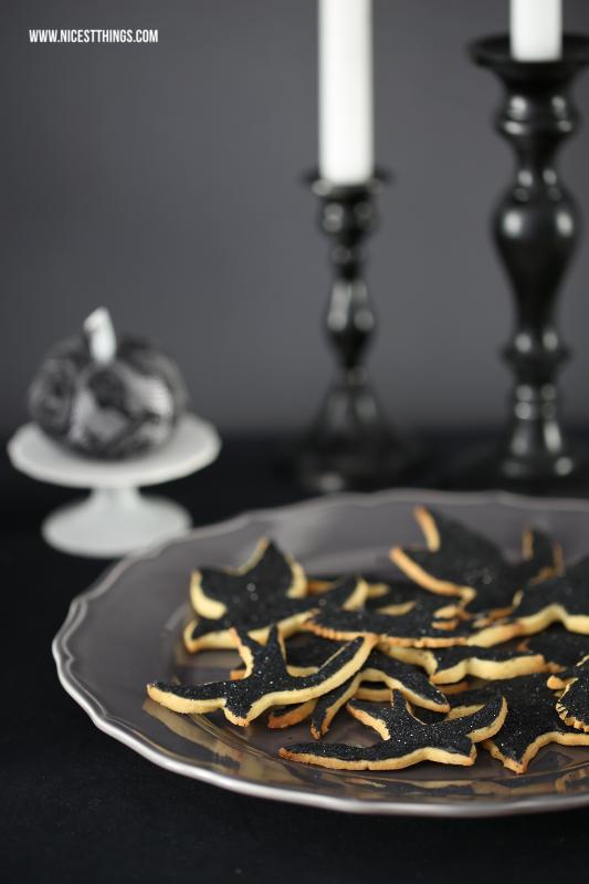 Halloween Vogel Kekse mit schwarzem Royal Icing und Glitter #halloween
